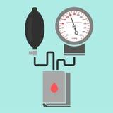 Medición de la presión arterial Fotos de archivo libres de regalías