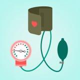 Medición de la presión arterial Imágenes de archivo libres de regalías
