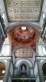 Medici kapell i Florence - inre detaljer för tak och för kupol arkivfoton