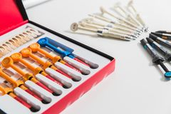 Medicin stomatology, tand- klinikkontor, medicinsk utrustning för tandläkekonst arkivbilder