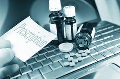 Medicina de compra en línea Fotografía de archivo
