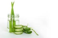 Medicina di erbe molto utile di Vera dell'aloe per il trattamento e noi della pelle Fotografia Stock Libera da Diritti