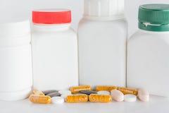 Medicina dos comprimidos, bottels dos comprimidos Imagens de Stock