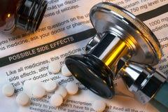 Medicina - efectos secundarios - drogas Imagen de archivo libre de regalías