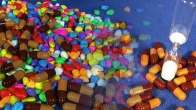 Medicina en píldoras almacen de video