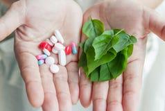 Medicina química CONTRA las hierbas Imagen de archivo