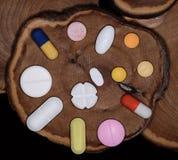 Medicina in ridurre in pani ed in capsula Fotografia Stock