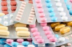 Medicina y farmacia de las píldoras Imagen de archivo libre de regalías