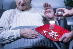 Medicinas pacientes de la basura Imagen de archivo libre de regalías