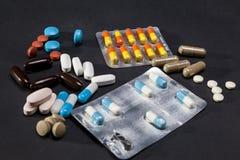 Medicindrog- och preventivpillermedikament royaltyfri bild