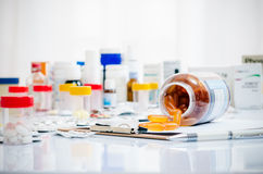 Medicine capsules and tablets Stock Photography
