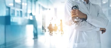 Free Medicine Doctor With Stethoscope In Hand, Confidently Standing Stock Photo - 124449230