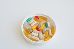 Medicine e supplementi nutrizionali Fotografia Stock Libera da Diritti
