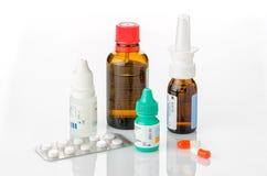 Mediciner för förkylningar Arkivbild