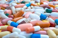 Medicinpreventivpillerar Arkivbild