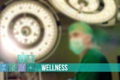 Medicinsk begreppsbild för Wellness med symboler och doktorer på bakgrund Fotografering för Bildbyråer