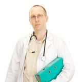 Medicinsk doktor med förlagor om en tålmodig Royaltyfria Foton