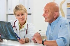 Medicinsk examen Royaltyfri Foto