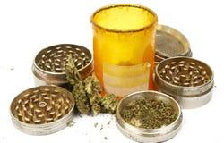 Medicinsk marijuana, flaska för receptRx preventivpiller och cannabis Royaltyfria Bilder
