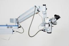 medicinska mikroskopforskningar Arkivfoton