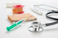 Medicinska produkter och utrustning royaltyfri bild