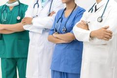 Medicinskt folk - doktorer, sjuksköterska och kirurg royaltyfri foto