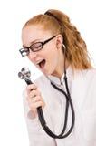Medico abbastanza femminile con lo stetoscopio isolato sopra Fotografia Stock Libera da Diritti