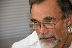Medico anziano Immagine Stock Libera da Diritti