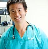 Medico asiatico Immagine Stock