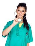 Medico attraente della donna con l'uniforme di verde Fotografia Stock Libera da Diritti