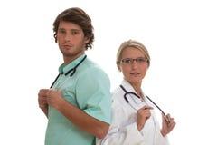 Medico che parla con il paziente Fotografie Stock