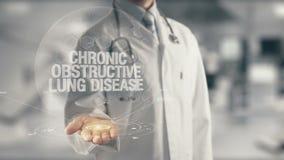 Medico che tiene Lung Disease ostruttivo cronico disponibile archivi video