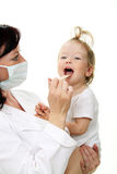 Medico con il bambino Immagini Stock Libere da Diritti