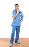 Medico con il gesto pensive Fotografie Stock Libere da Diritti