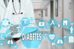 Medico con lo stetoscopio e l'icona del diabete nella rete medica immagini stock