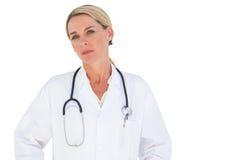 Medico con lo stetoscopio intorno al suo collo Immagine Stock Libera da Diritti