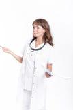 Medico della donna OTORINOLARINGOIATRICO Fotografie Stock