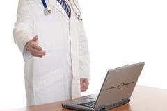Medico di Handshaking Immagine Stock Libera da Diritti