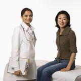 Medico e paziente. Immagine Stock