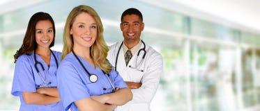 Medico ed infermiere Immagini Stock