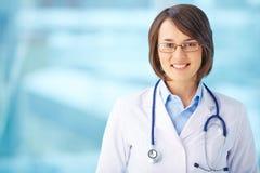 Medico felice Immagini Stock Libere da Diritti