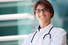 Medico femminile amichevole Fotografie Stock