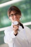Medico femminile amichevole Immagini Stock Libere da Diritti