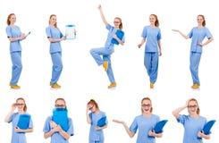 Medico grazioso di dancing in uniforme del blu con i documenti isolati Immagine Stock Libera da Diritti