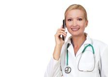 Medico grazioso sul telefono Immagine Stock Libera da Diritti