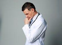 Medico maschio premuroso Fotografia Stock Libera da Diritti