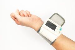 Medida da pressão sanguínea Fotos de Stock Royalty Free
