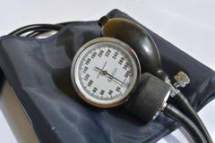 Medida de la presión arterial fotos de archivo libres de regalías