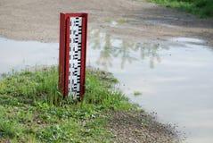 Medida del nivel del agua Foto de archivo