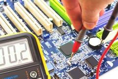 Medida e teste ao cartão-matriz do PC Fotografia de Stock Royalty Free